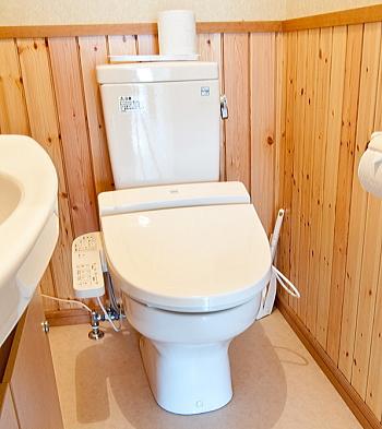 トイレ温水洗浄便座の設定を低く